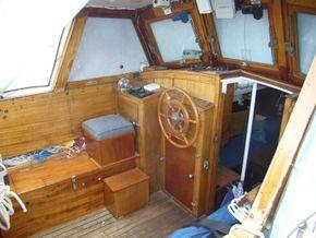 Centre Cockpit