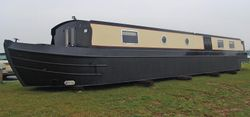 60ft x 10ft  Wide Beam Boat by EMB
