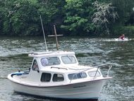 Myra Plast 21ft classic cabin cruiser
