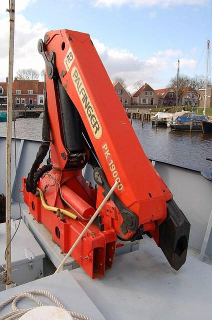 Multipurpose Workboat Jack the Digger