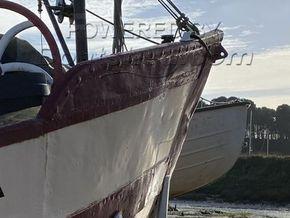 Dutch Barge 25 Metre  - Bow