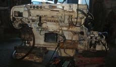 2 Caterpillar Engines D334