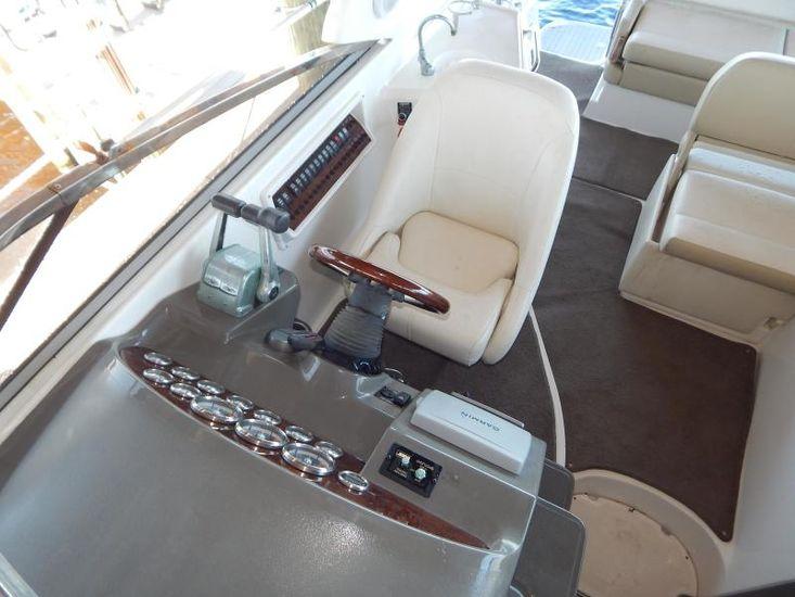 2012 Regal 30 Express