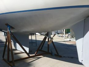 Skeg hung rudder