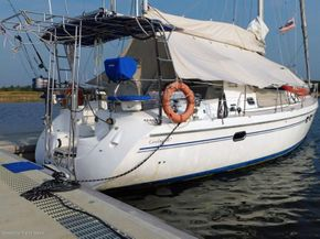 Catalina 387 Yacht for Sales in Malaysia