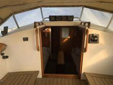 1985 LM Mermaid 315 Cruising Yacht