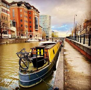 Unique 60' wooden top narrowboat, Bristol