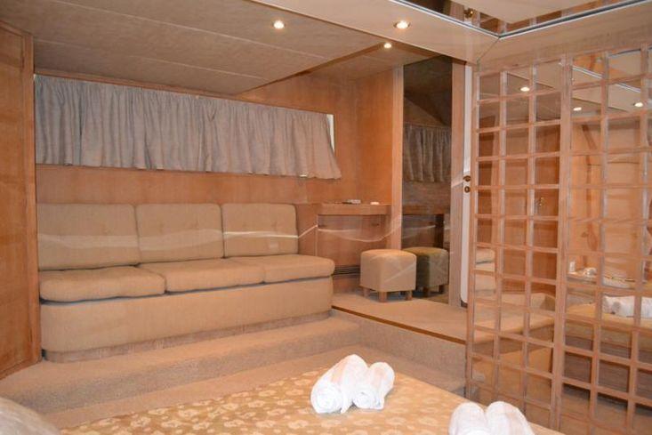Motor yacht 30 m   6 cabins steel , Greece