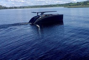 Little or no wake