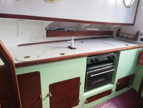 Saloon starboard side galley
