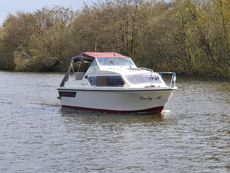 Shetland 4+2 river cruiser
