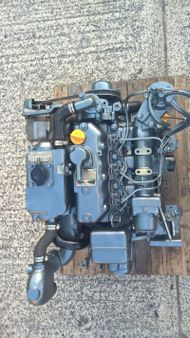 Yanmar 3JH25A 25hp Marine Diesel Engine Package - LOW HOURS!!