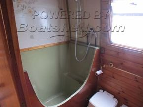 Narrowboat 42ft with Mooring  - Heads