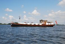 Historic Dutch 22m Luxemotor Actief