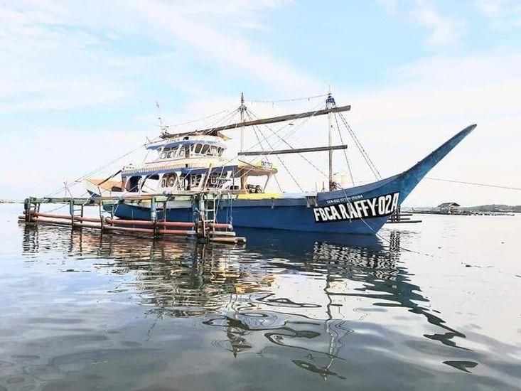 Tuna Fishing Longline boat