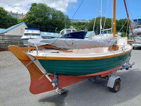 Character Boats Coastal Whammel Weekender - Helm