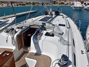 Bavaria 51 Cruiser  - Side Deck