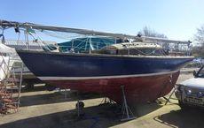 Classic 25ft mahogany sloop to restore