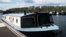Big Bertha WB with mooring option at Roydon Marina Village