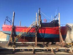 Versatile fishing vessel or fishfarm workhorse / island trader