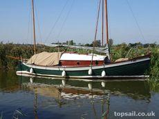 1890 Ex Ship's Lifeboat Sailing Cruiser - topsail.co.uk