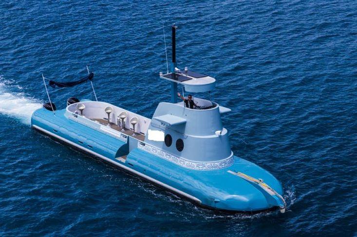 Underwater Viewing Vessel
