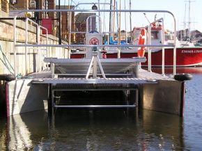 Litter Boat