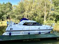 Birchwood TS31 Flybridge 31ft Motorboat