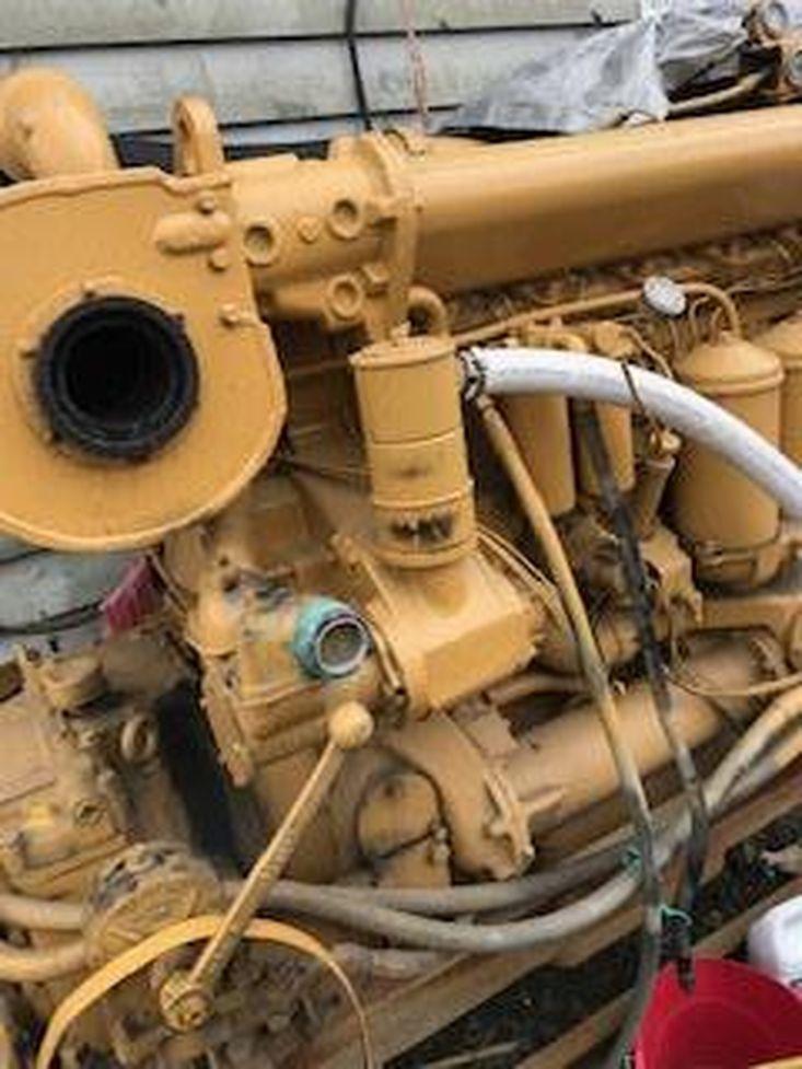 CAT MARINE ENGINE 400 hp