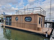 2021 Lotus Houseboat 12