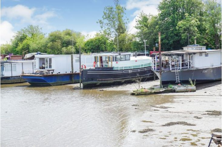 Humber Barge on permanent mooring - Southampton