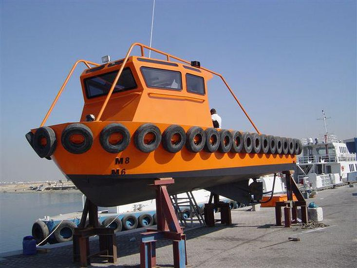 9m Harbour Lines Boat