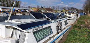 36ft Broads Cruiser Houseboat