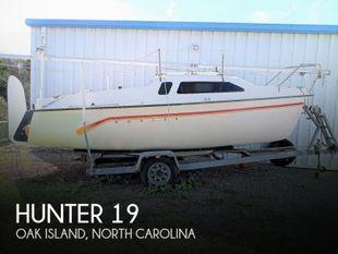 1994 Hunter 19
