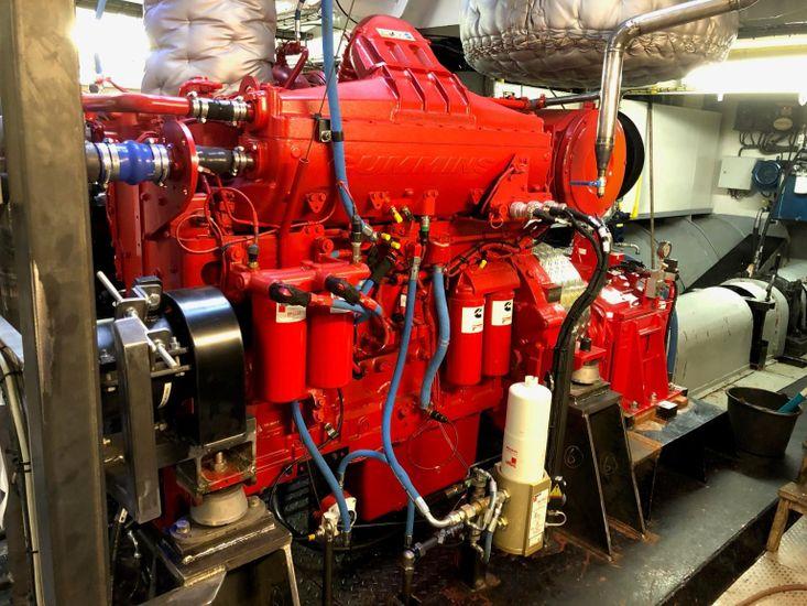 750 HP CUMMINS QSK19-M NEW MARINE ENGINES