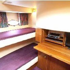 Broom 450 Side Cabin