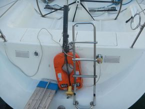 IMX -38 Racing yacht with Aft cabin - Stern