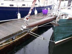 Cornish Crabber 24  Cutter Bermudan Rig - Bow