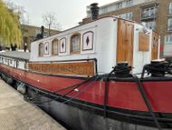 Beautiful 2 Bedroom Dutch Ex Sailing Barge Zone 2, South Dock Marina