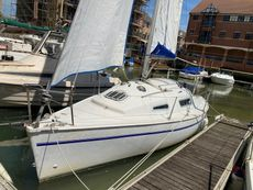 Parker 235 Lift Keel with Trailer