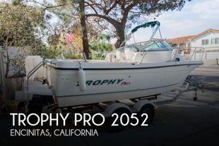2003 Trophy Pro 2052