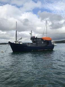 Steel trawler yacht (1990)