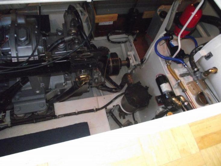 1963 Twin Screw Motor Cruiser