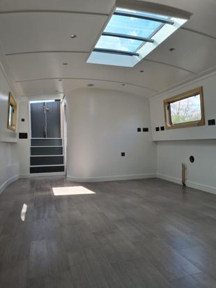 Brand New Wide beam 60 x 12.6 London