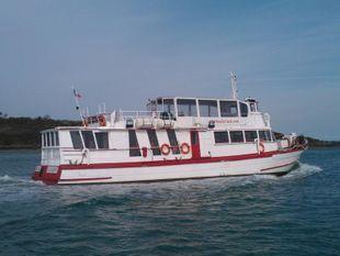 Restaurant boat , ideal for HOUSE BOAT