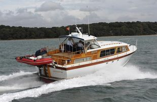 39ft SOUTERS HIGH PERFORMANCE MOTOR YACHT -