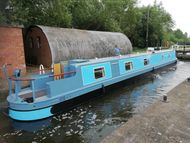60' reverse layout narrowboat available May 2021
