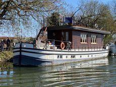 2 Storey house boat on resi moorings