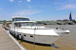 Beautiful 1995 Value Superior 49 motor yacht