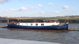 1898 6 berth ideal live aboard